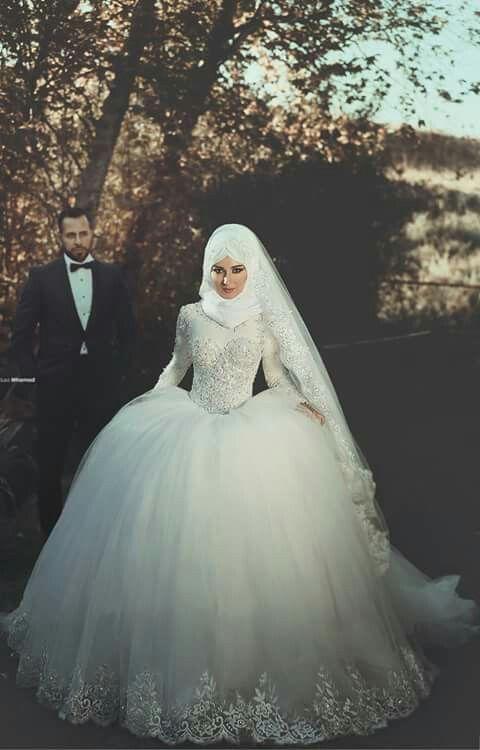 Hijab wedding dress | sevilenlerrr | Pinterest | Hochzeits ...