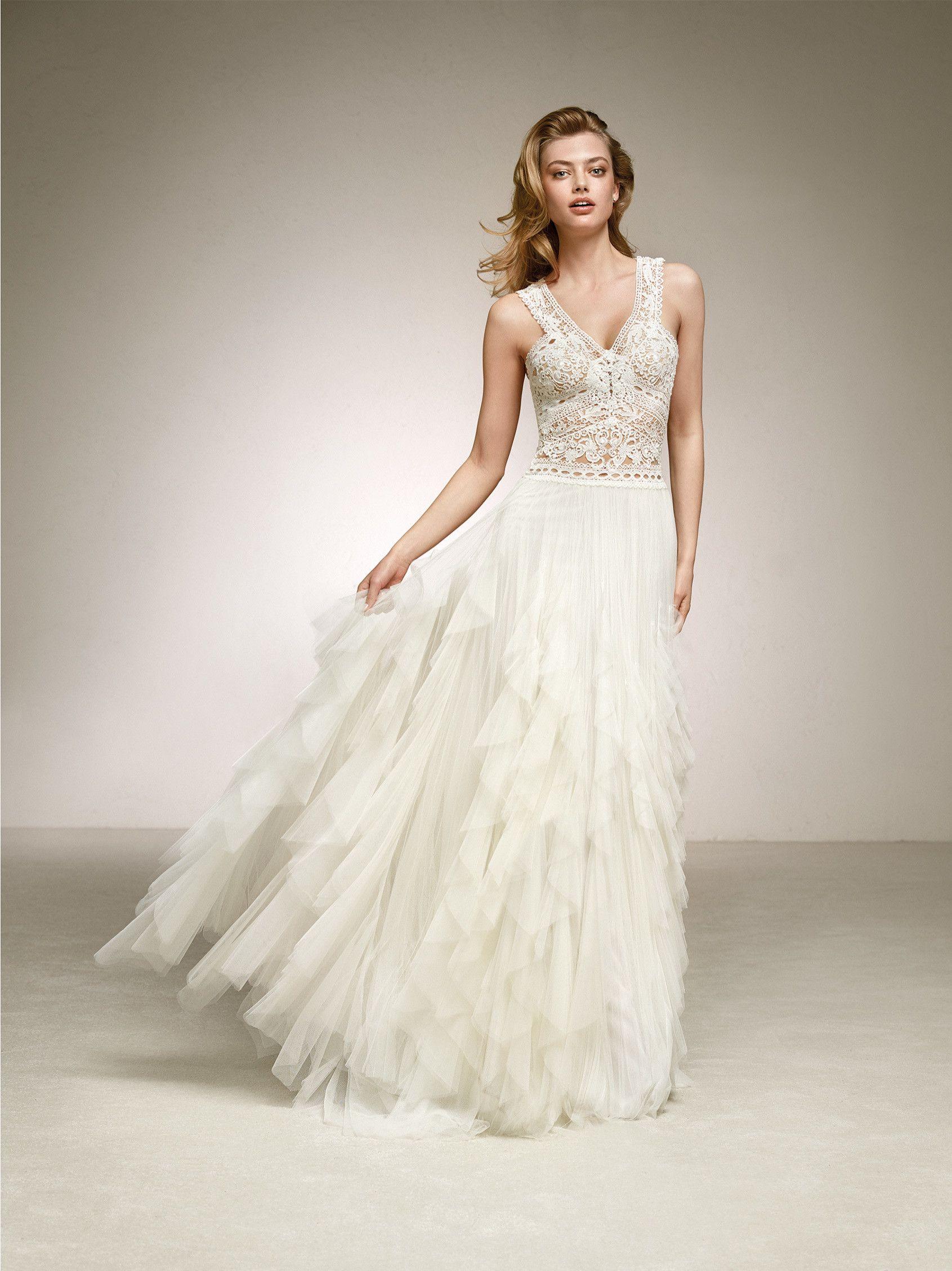 Sonar con vestido de novia con flores