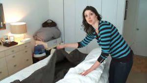 avec cette astuce vous pourrez mettre votre housse de couette en quelques secondes tout. Black Bedroom Furniture Sets. Home Design Ideas