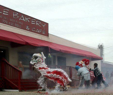 Le Bakery Located In Biloxi Mississippi Is Evidence Of The Influence Of Vietnamese Cuisine On Coastal Mississippi Biloxi Southern Restaurant