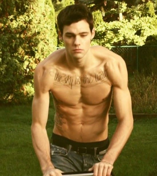 holden nowell the canadian model from the quotcall me maybe