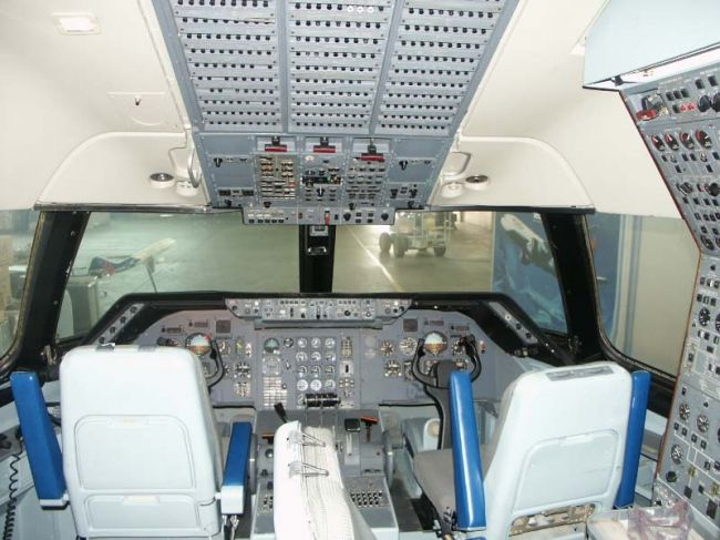Delta Airlines Lockheed L1011 Company Store Flight Deck