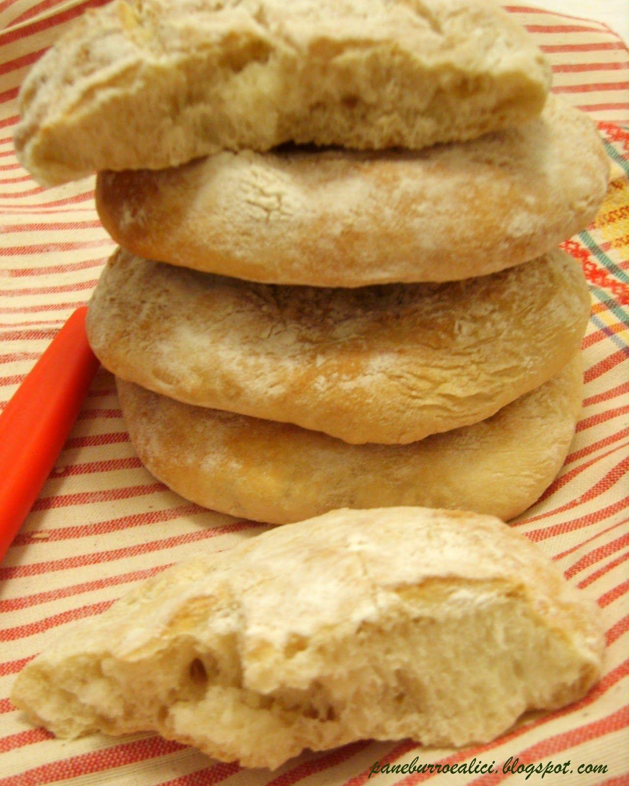 Non riesco più a comprare il pane! Ci siamo abituati a mangiare il pane appena sfornato e ripiegare su quello, ormai, industriale che...