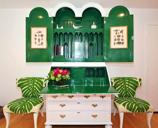 Experts Tips: Decorating with Emerald