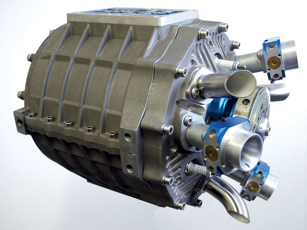 The Duke Axial prototype engine has no camshafts, pushrods, rocker arms, valves, or springs. Can this be the motorcycle engine of the future?