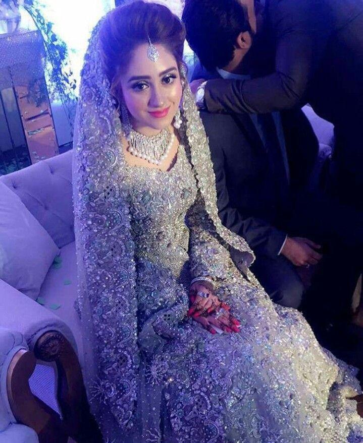 Vestido de nocia plateado | Bridal Fashion | Pinterest | Vestiditos ...