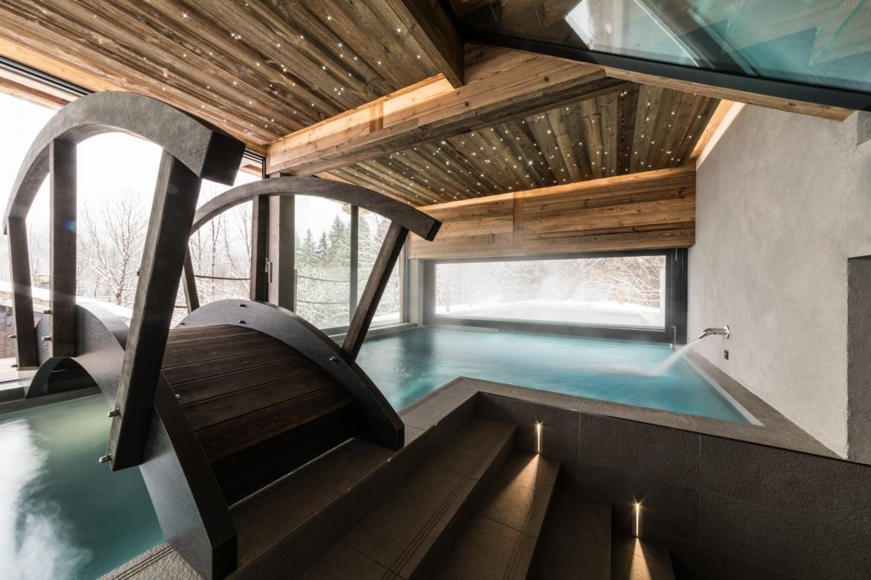 Chalet Joux Plane Indoor Jacuzzi Hot Tub Outdoor Outdoor Pool