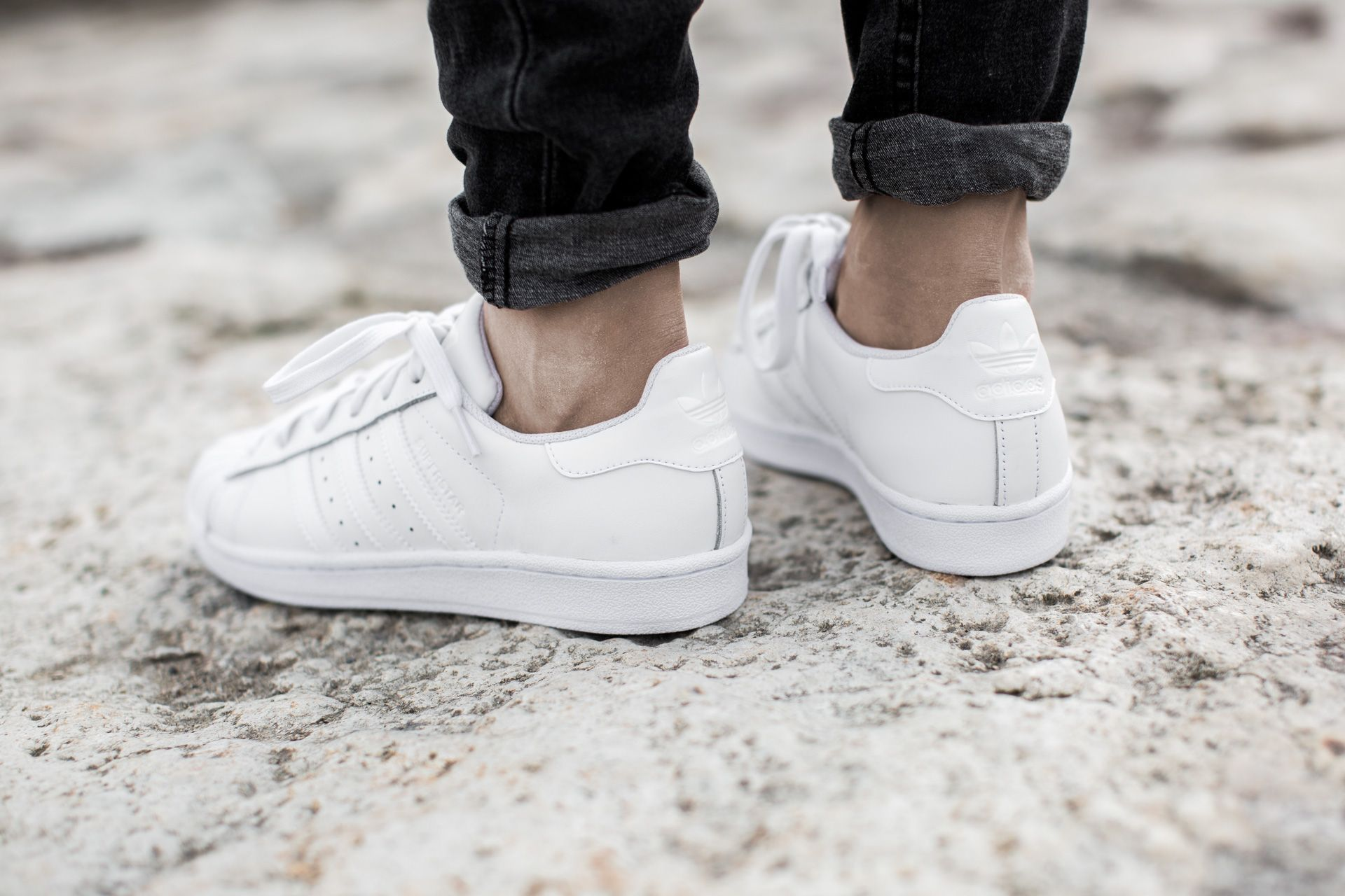 adidas superstar foundation all white