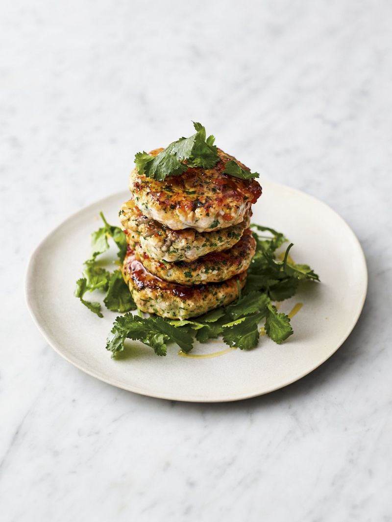Salmon Fish Cakes Recipe Jamie Oliver Fish Recipes Rezepte Fischrezepte Fischkuchen
