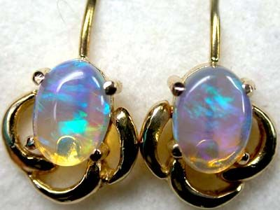 stunning color fire crystal opal 18k gold earring