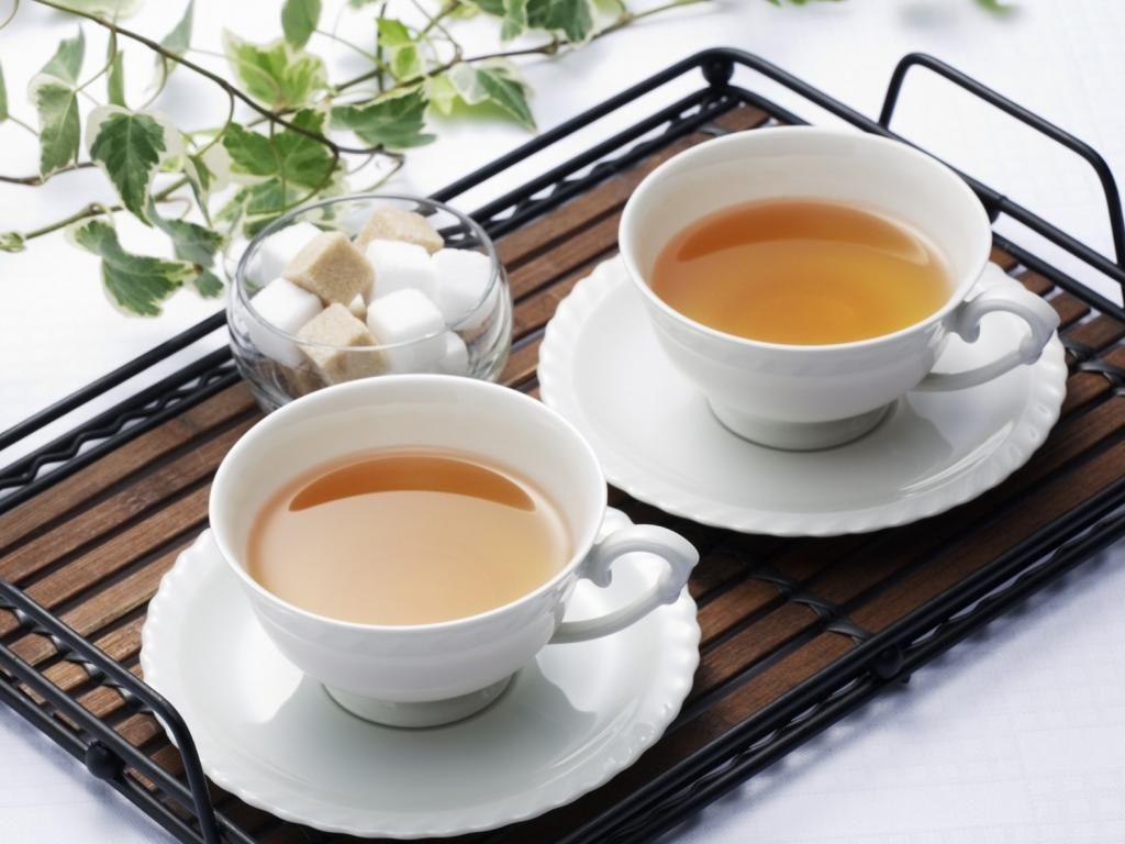 Картинка две кружки с чаем