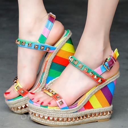 Shoespie colore dell'arcobaleno zeppa tacco
