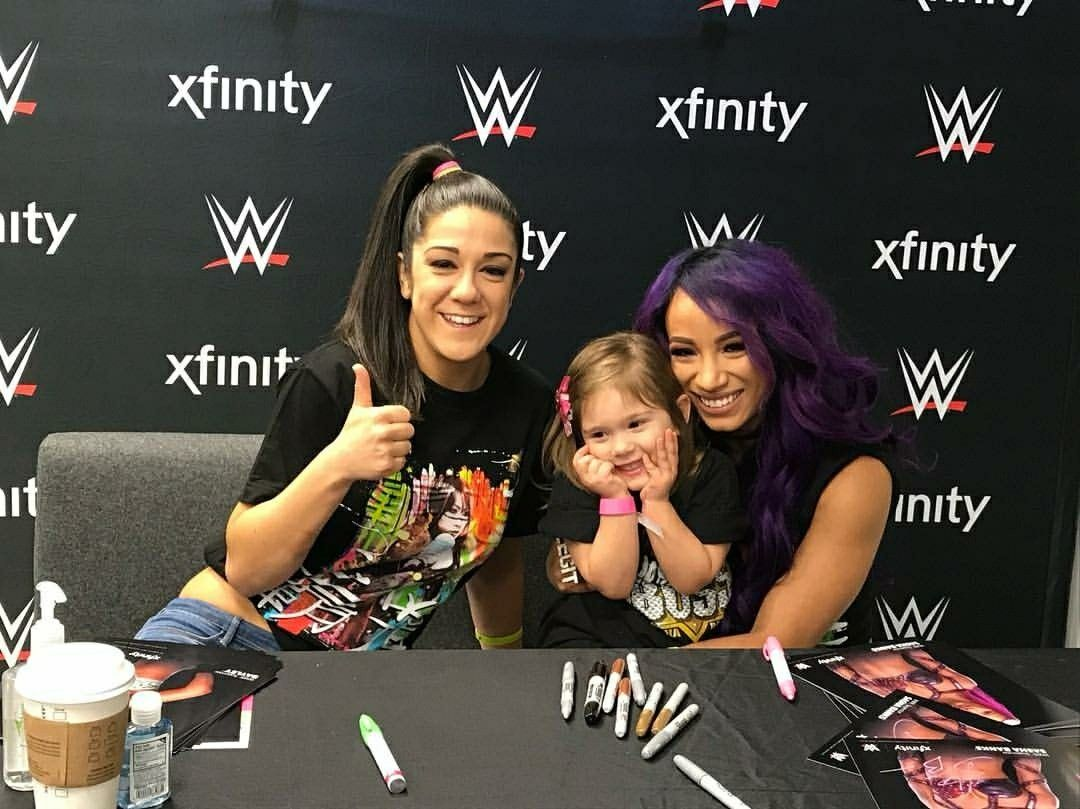 Sasha banks and bayley meet and greet with a lil fan legit bos sasha banks and bayley meet and greet with a lil fan kristyandbryce Image collections