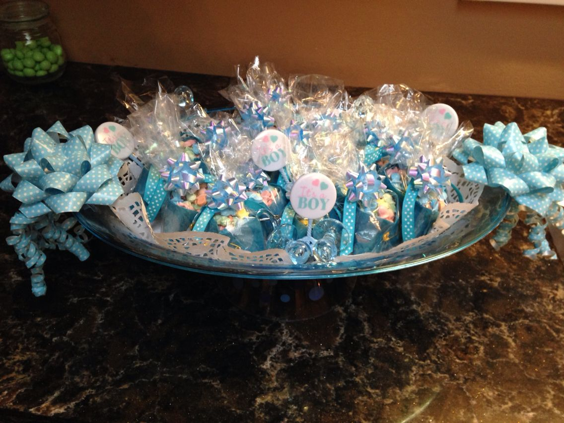 Baby Shower Favors Napkin Diapers ~ Baby shower favours napkins dipped in wax to make them look like