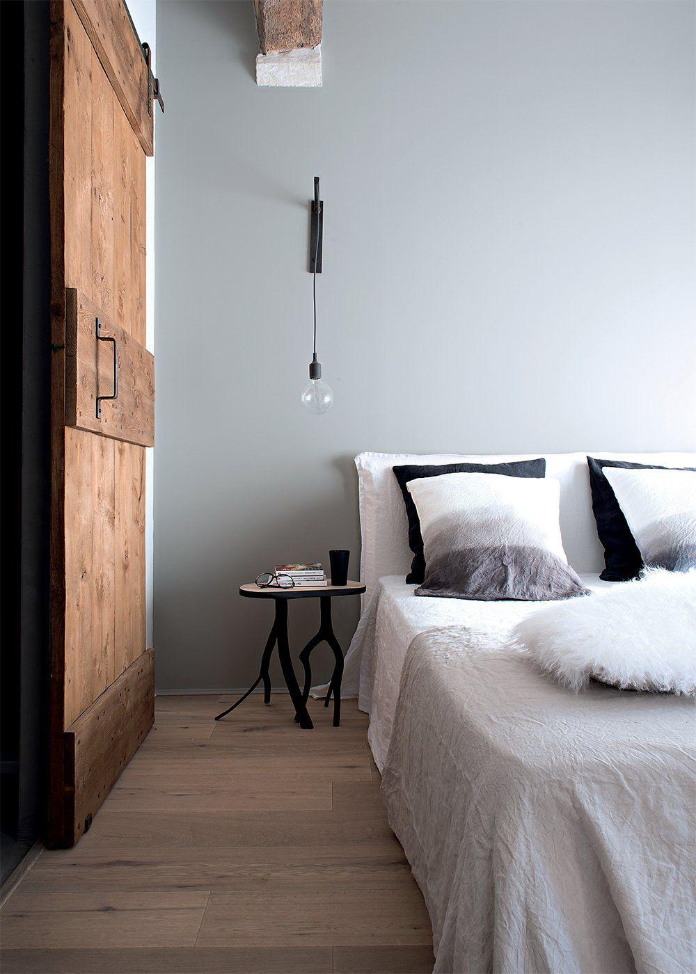 Une maison familiale l 39 allure moderne chambre moderne chambre zen chambre parentale grise - Chambre parentale grise ...