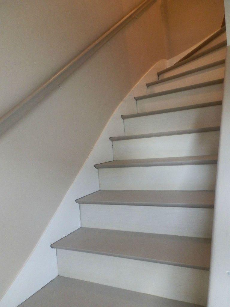 Escalier Blanc Et Taupe Escalier Peint Escalier Bois Escalier Relooking