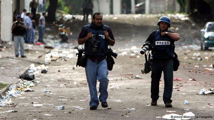 Honduras, el país con el mayor índice de homicidios del mundo, es también el más peligroso para periodistas, sobre todo si critican la concentración de la tierra y de los medios en unas cuantas manos, como Félix Molina.