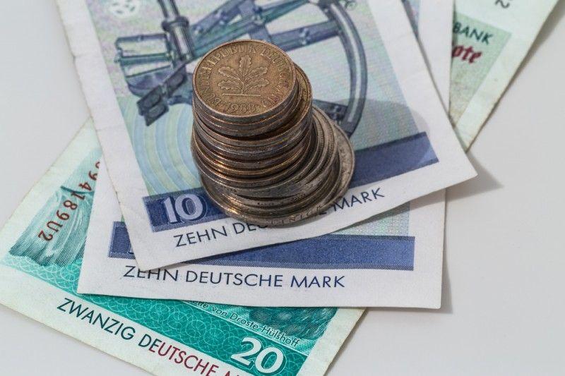 Pin Von Suenderlein Auf Munzen D Mark Munzen Geld Und Geld Sparen