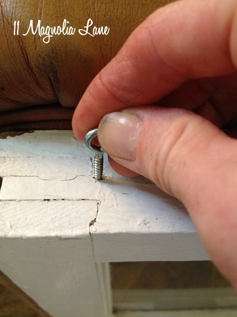 Tutorial How To Hang A Vintage Window For Wall Display 11 Magnolia Lane Antique Window Frames Vintage Windows Old Windows