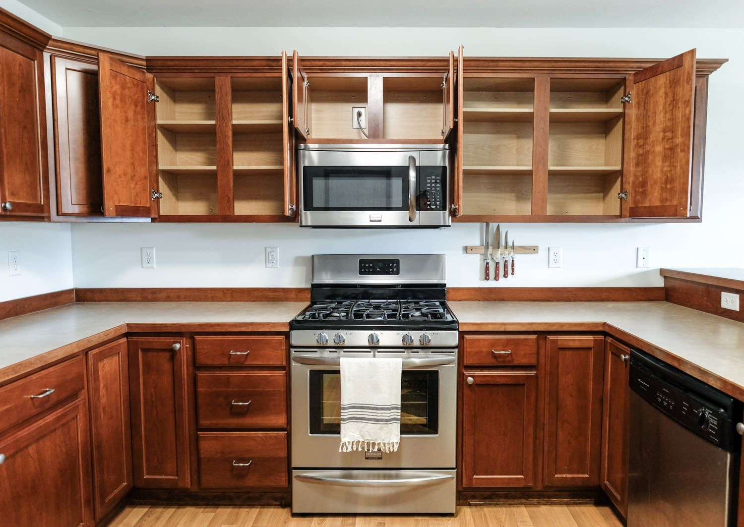 How to Add Kitchen Under Cabinet Lighting (in Just 30 ...