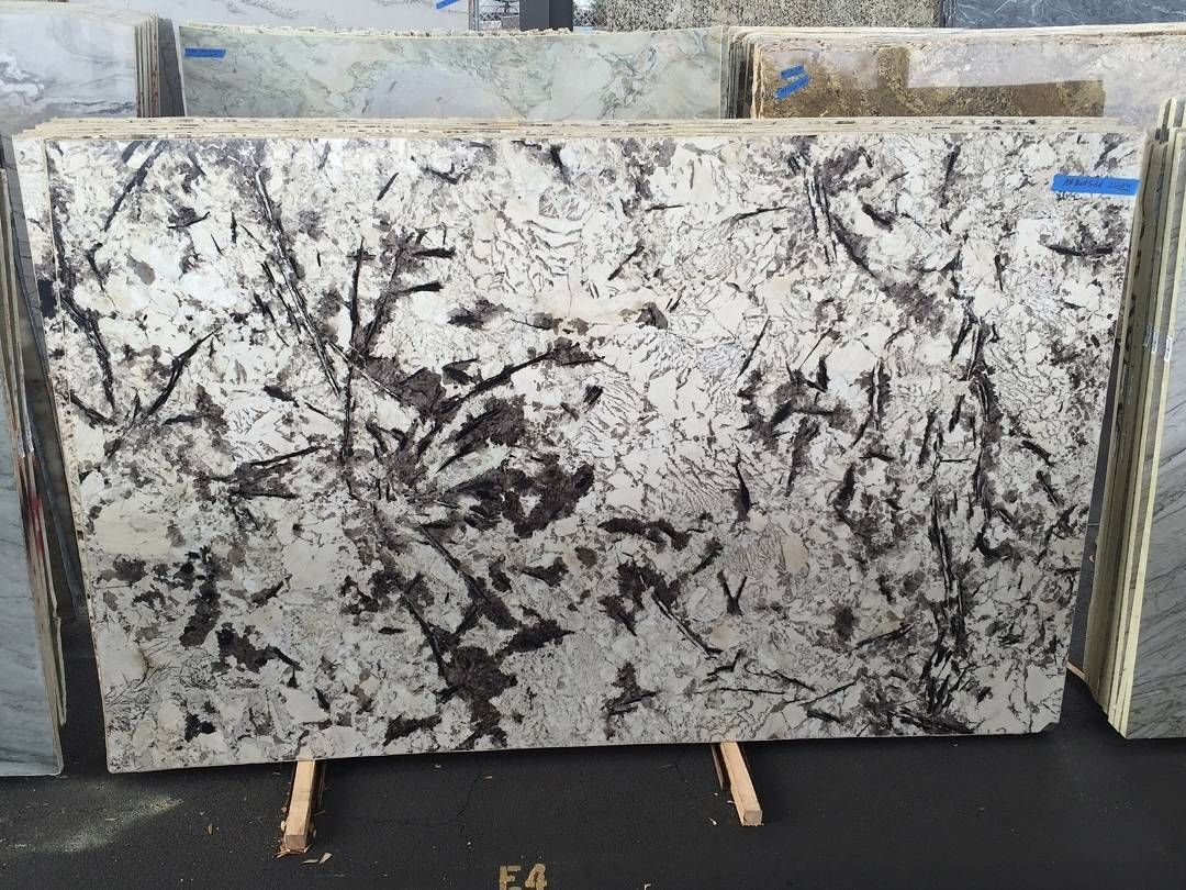 Prestige Marble And Granite On Instagram This Beautiful Slab Of Vienna Granite Is Fabulously Modern In Ap Contemporary Design Interior Decorating Bath Design