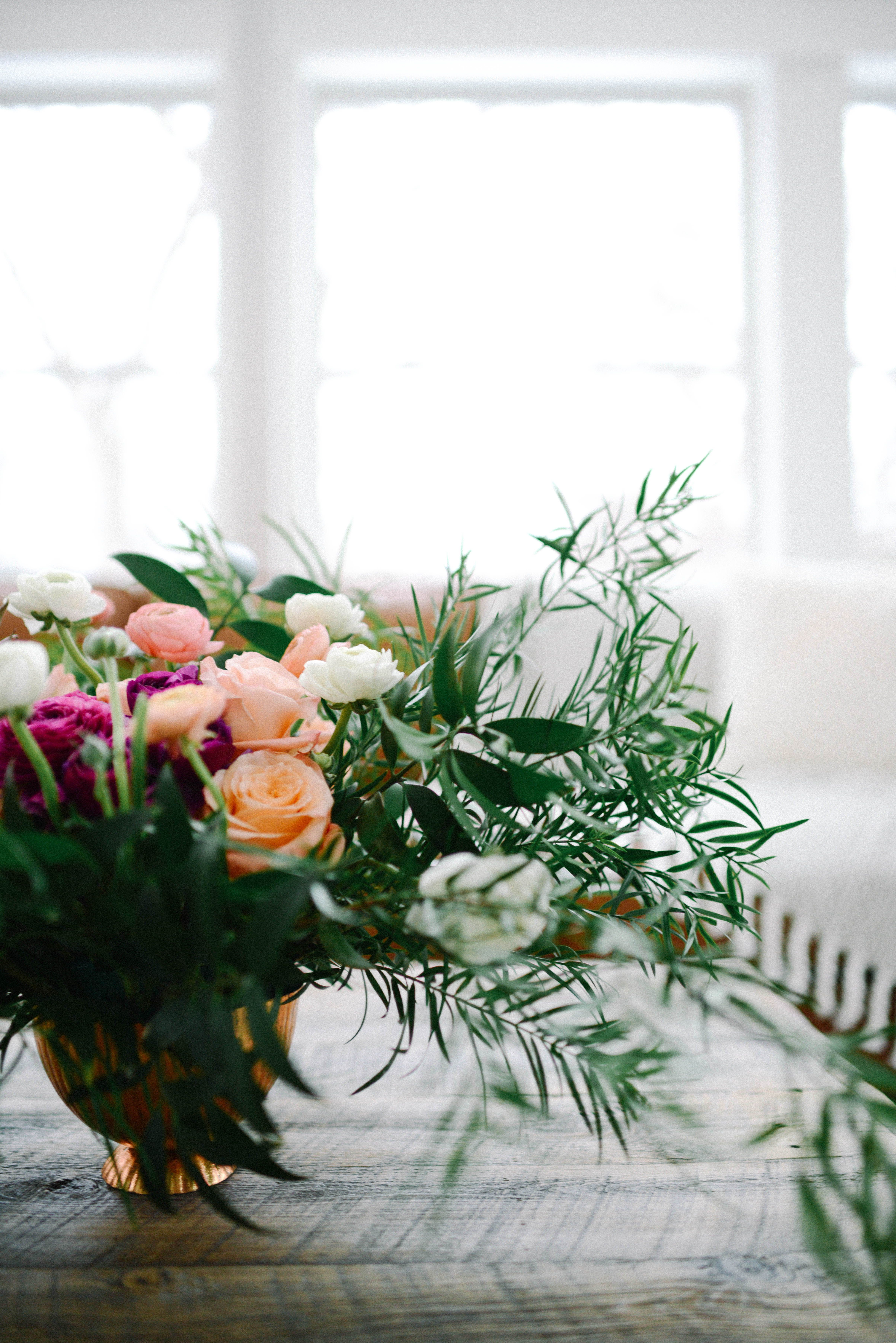 Whimsical floral design for home styling. #interiorstyling ...