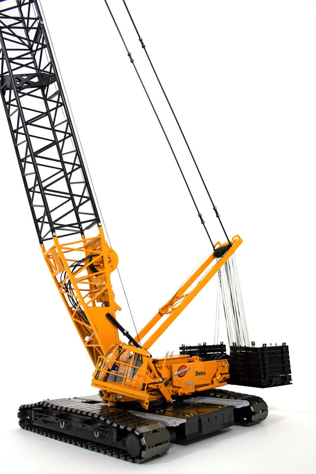 Manitowoc 16000 Crawler Crane Dielco 1 50 Twh 016 01028 Crawler Crane Crane Lego Crane