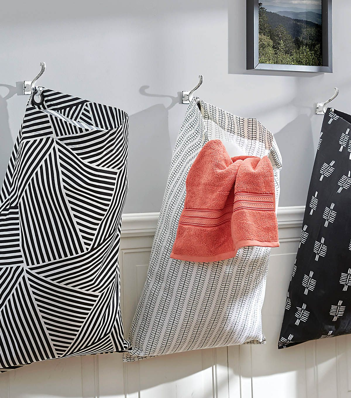 How To Make A Grommet Laundry Bag Laundry Bags Diy Hanging Laundry Bag Laundry Bags Pattern