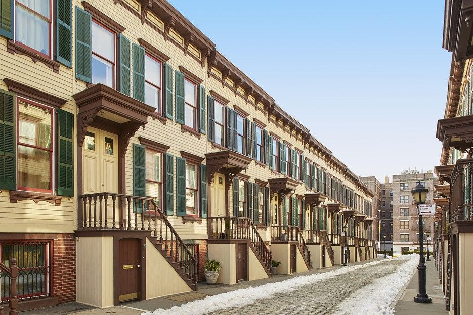 1 6m Washington Heights Row House Is On A Hidden Historic Street Across From Manhattan S Oldest Home 6sqft Row House Washington Heights Old Houses