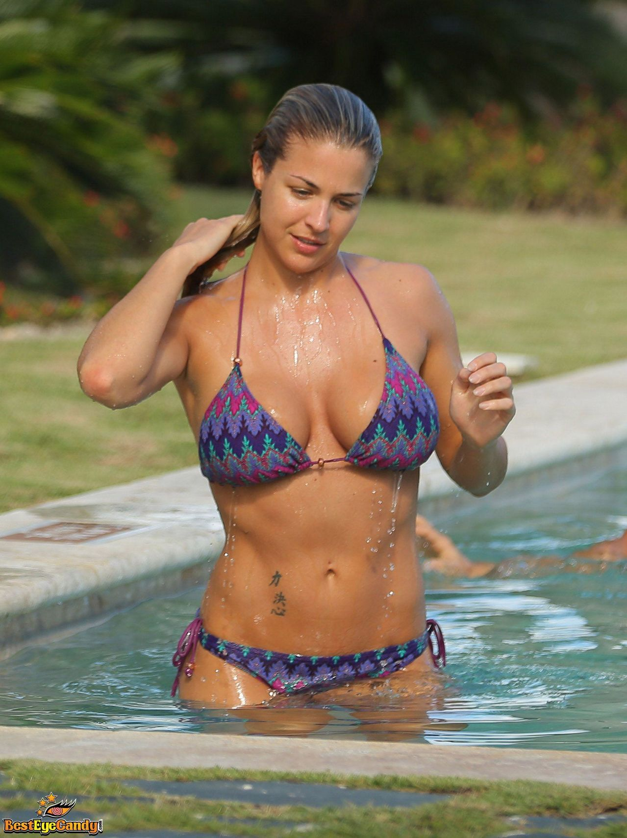 wet-busty-bikini-girls-christina-model-big-tits