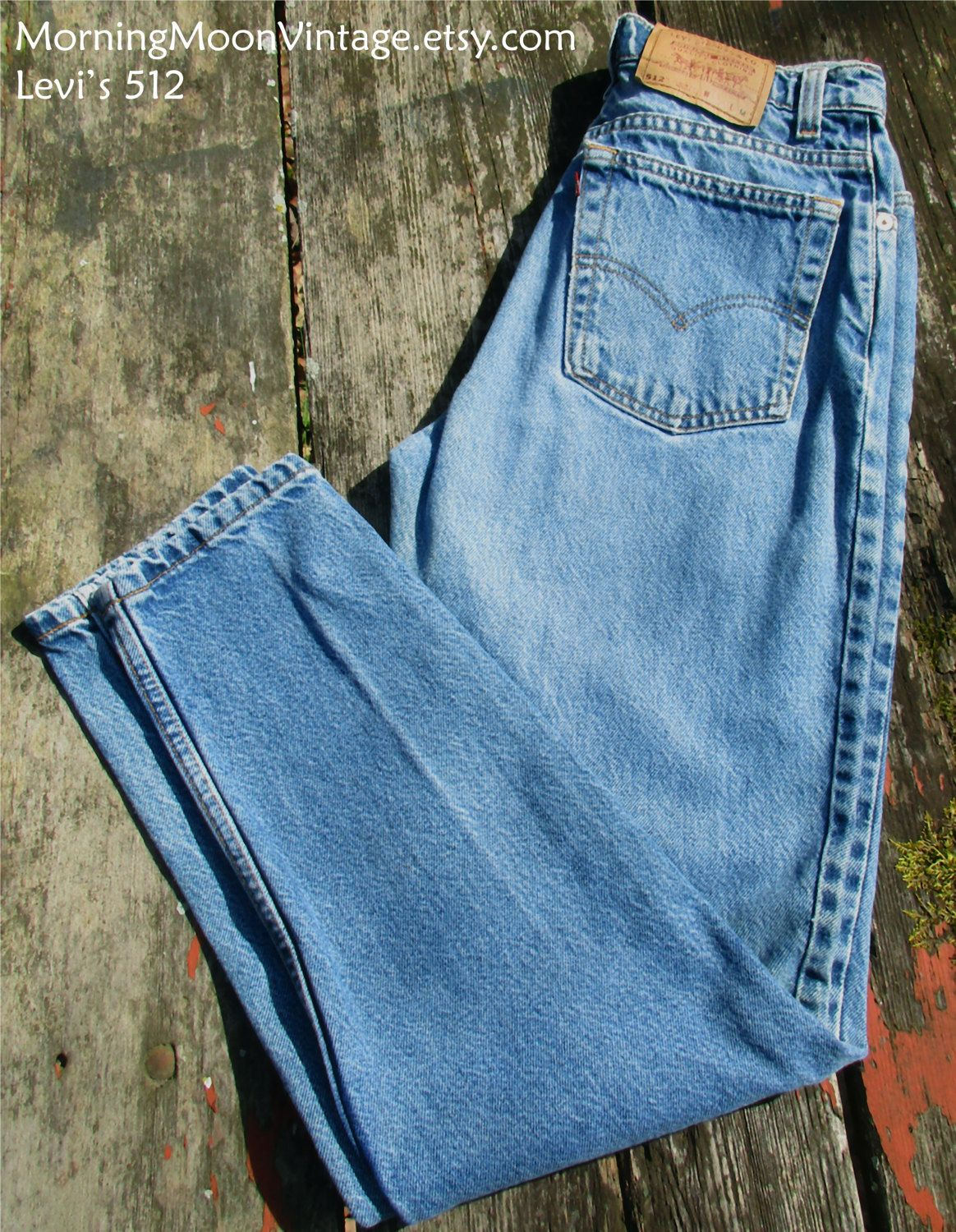 6a1d4692d97 VINTAGE LEVIS 512, Mom jeans, boyfriend jeans, worn-in faded denim, high-waisted  jeans, 90s grunge, tapered leg slim fit, waist 28 inseam 29 by ...