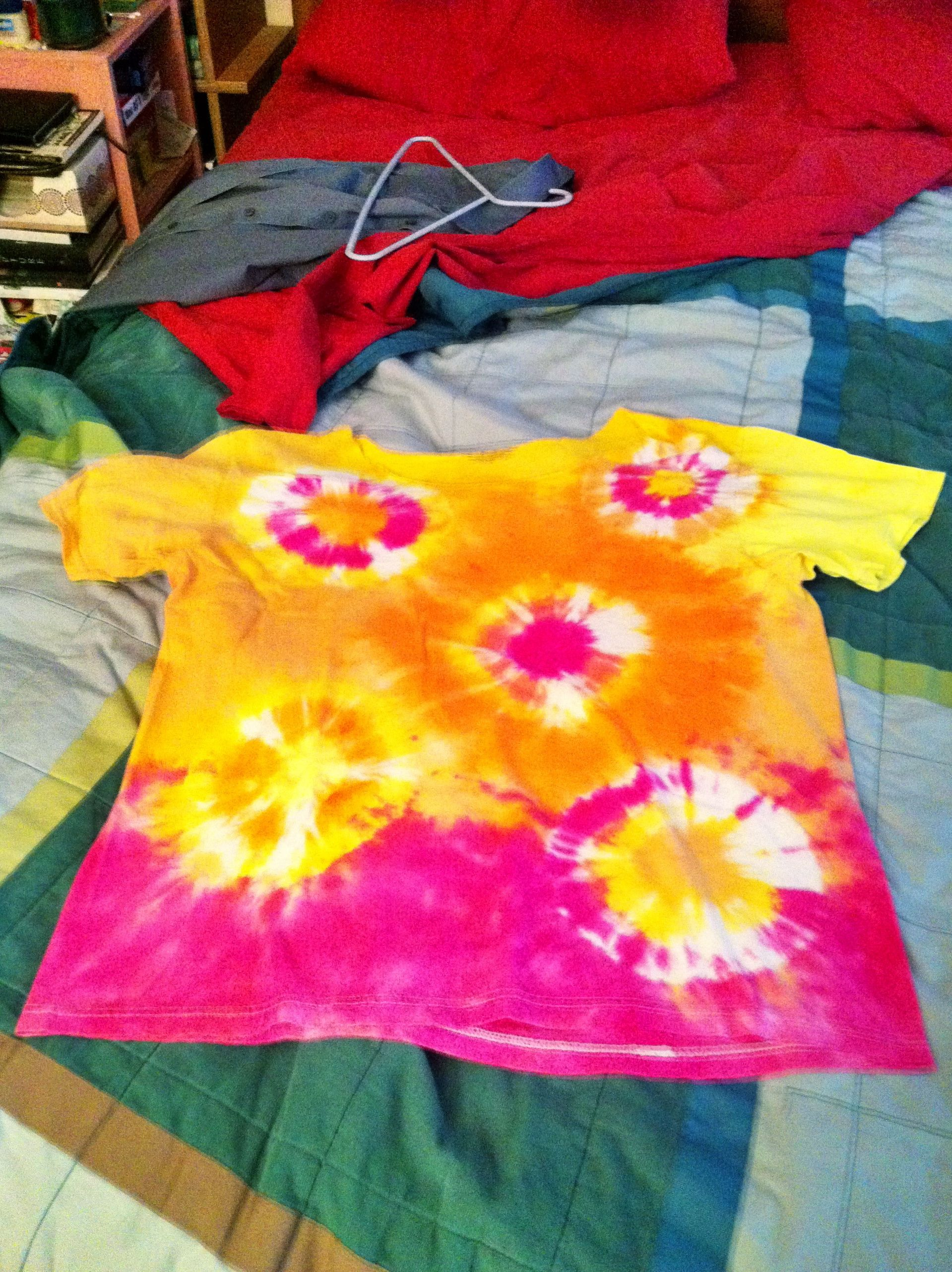 The Donut pattern tie dye shirt with screaming orange and fuchsia. I ...
