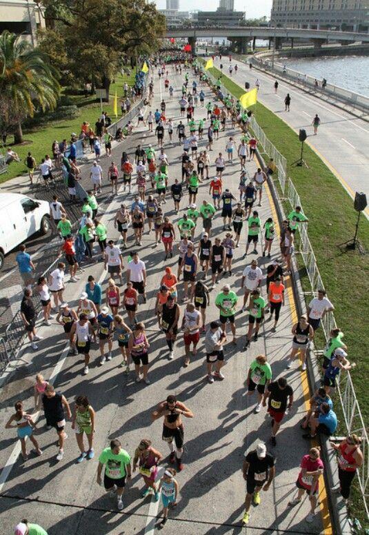 Gasparilla Half Marathon Race Bayshore Boulevard Tampa Fl