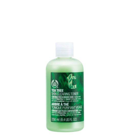 Tea Tree Skin Clearing Toner tai muu rasvoittuvalle iholle tarkoitettu kasvovesi.
