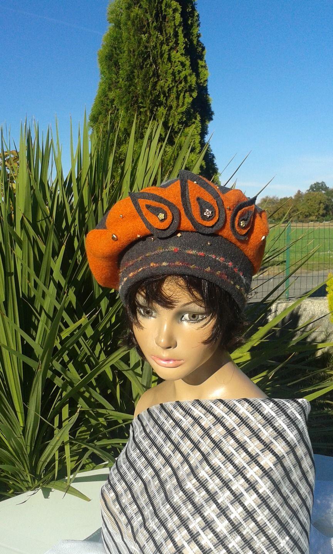 b ret chapeau d 39 hiver femme orange et gris ardoise chery chapeau bonnet par lemur rose. Black Bedroom Furniture Sets. Home Design Ideas