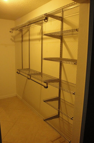 Amazon.com   Rubbermaid 3H89 Configurations 4 To 8 Foot Deluxe Custom Closet  Kit, Titanium   Closet Storage And Organization Systems