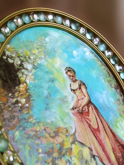 Artist: Jessica Schuler  Upcycled painting, mixed media