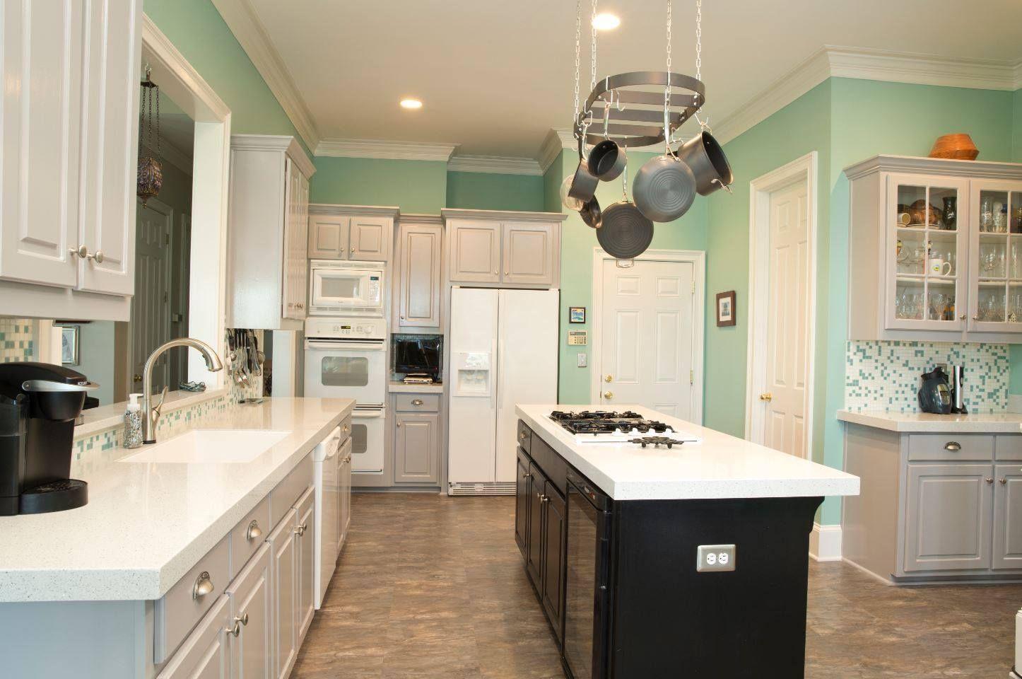 Is this your #DreamKitchen? #GraniteTransformations #Kitchen #KitchenRemodel #KitchenDesign