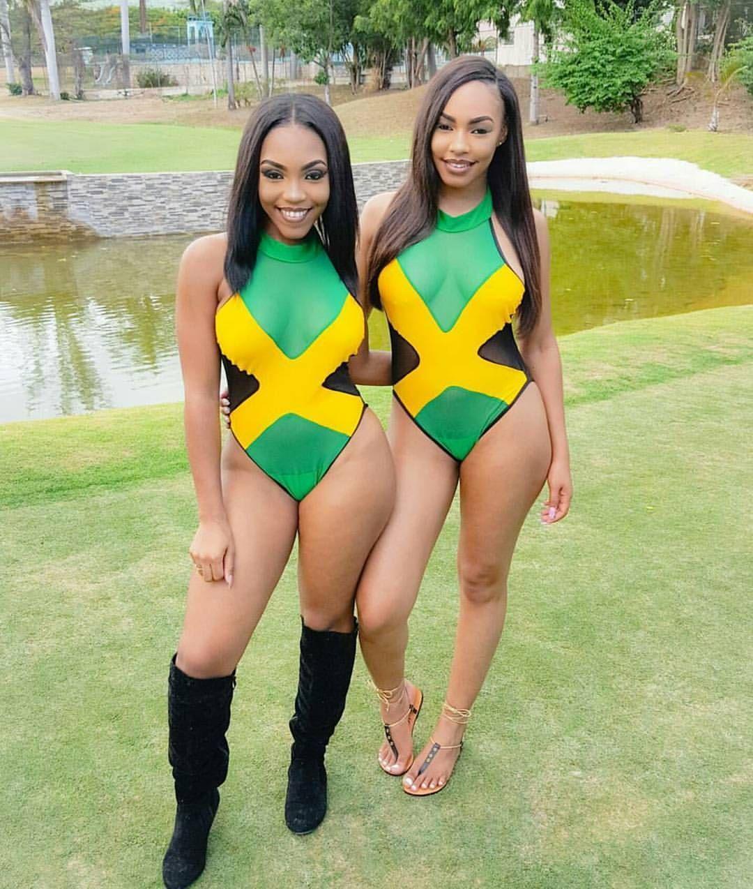 Jamaican Girls Run It -6879