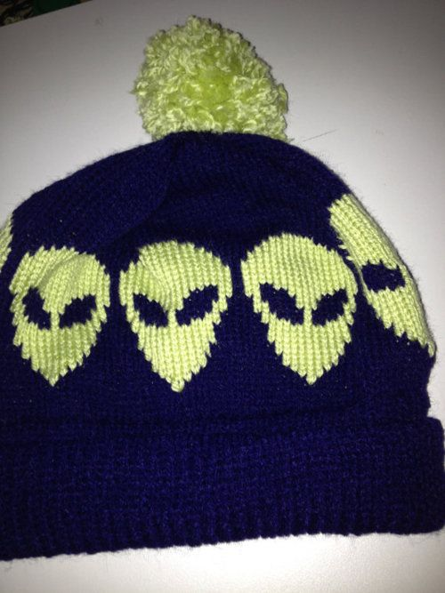 ad36c4181ca alien hat (going to try to make later omg)
