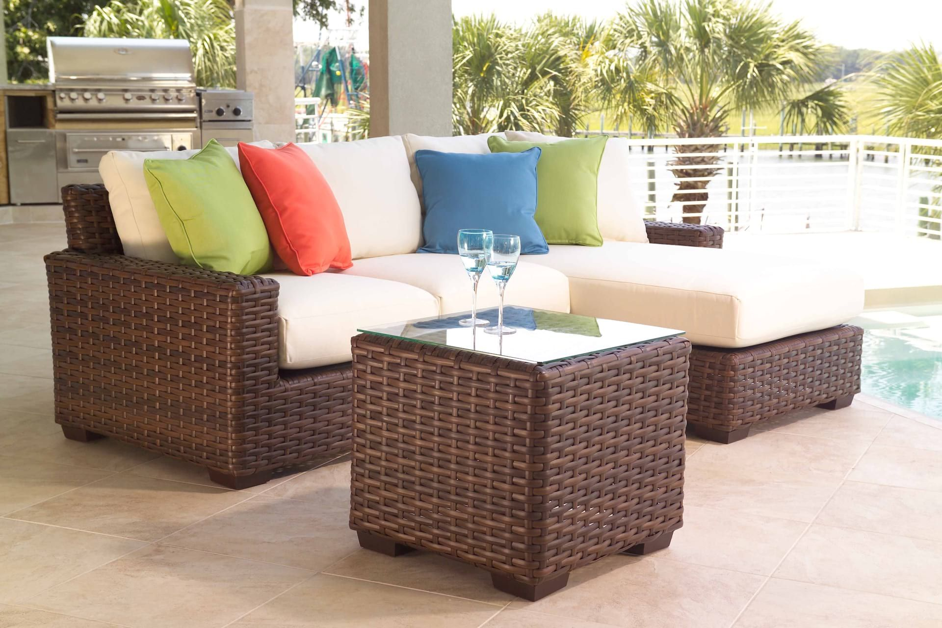 Lloyd Flanders Contempo Wicker Sectional Set Patio Furniture