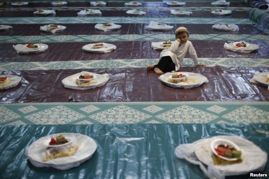 Ramadan di Berbagai Negara