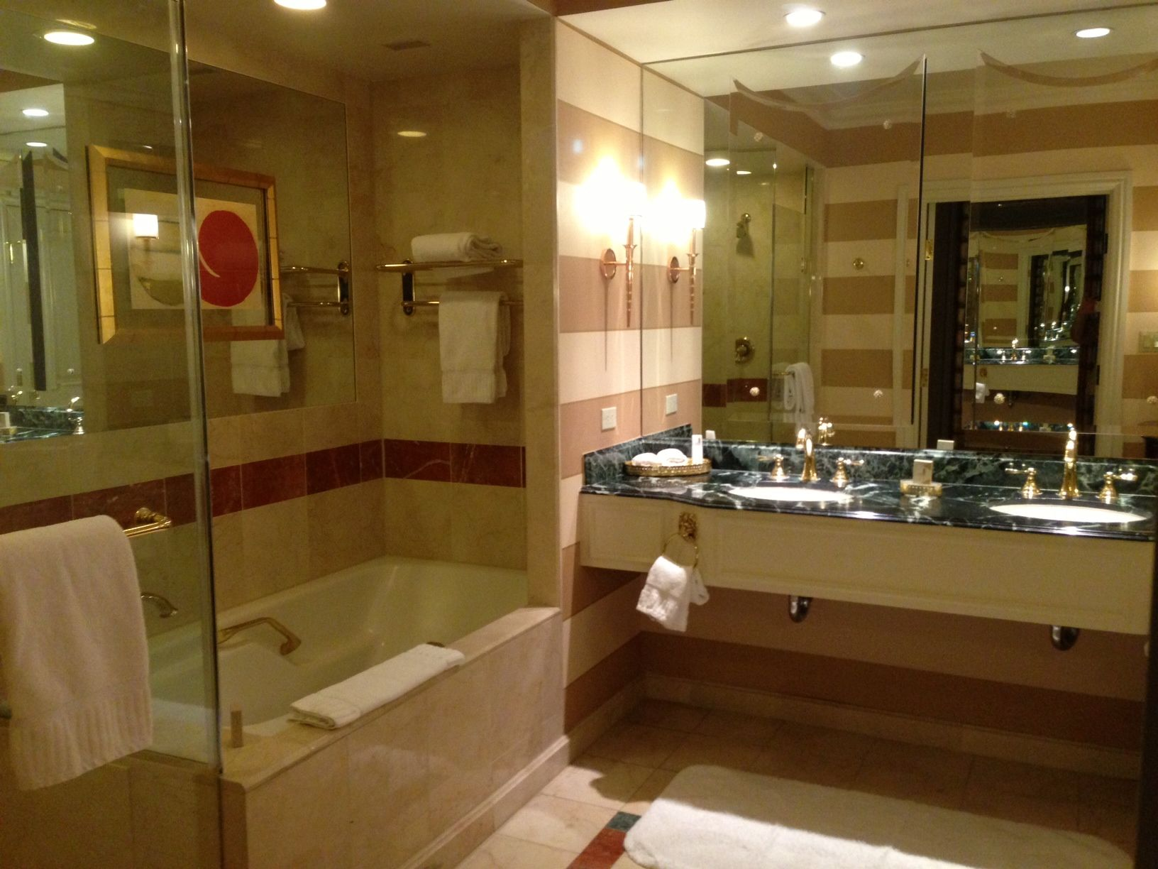 In Room Suite Bathroom At The Venetian Hotel In Las Vegas. What An Awesome  Bathroom