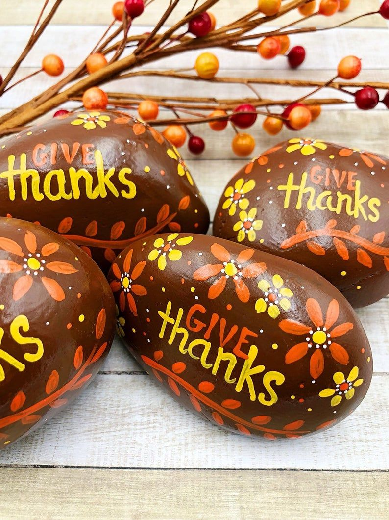 Give Thanks Painted Rock Thanksgiving Decoration Harvest Etsy Painted Rocks Diy Rock Painting Designs Thanksgiving Decorations Diy