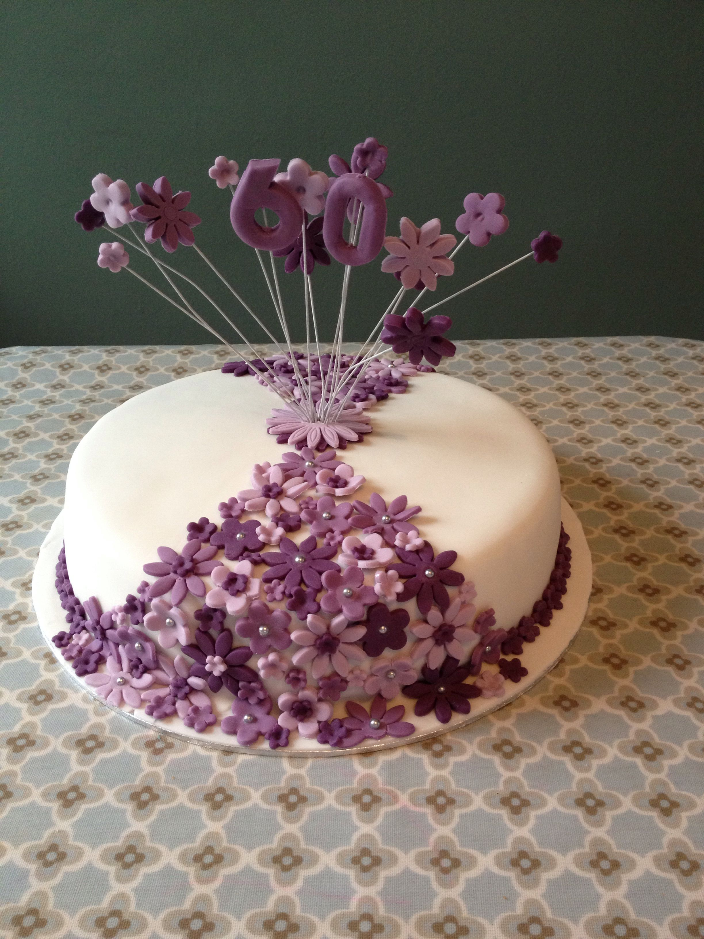 Purple Flowers 60th Birthday Cake Birthday Ideas Pinterest