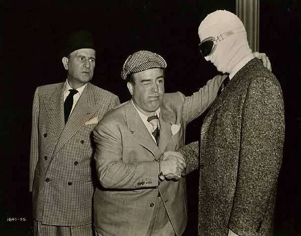 Abbott And Costello Meet The Invisible Man Arthur Franz Giving Poor Lou An All Too Hearty Hand Clasp Lol Abbott And Costello American Comedy Invisible Man