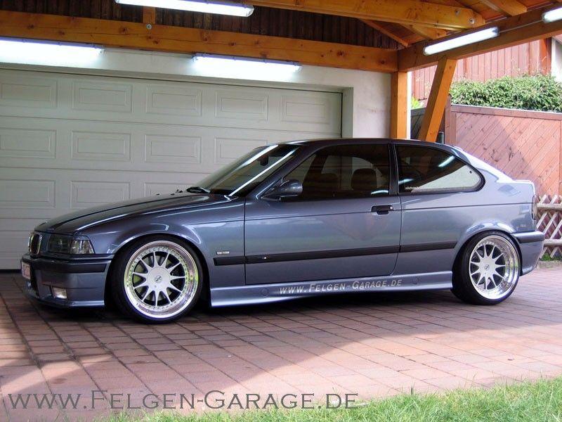 Felgengarage.de BMW e36 compact on Hartge Design C wheels (9,5x18 ET21 and 10,5x18 ET26 whith 225/35-18 und 265/30-18, plus 5mm spacers back)