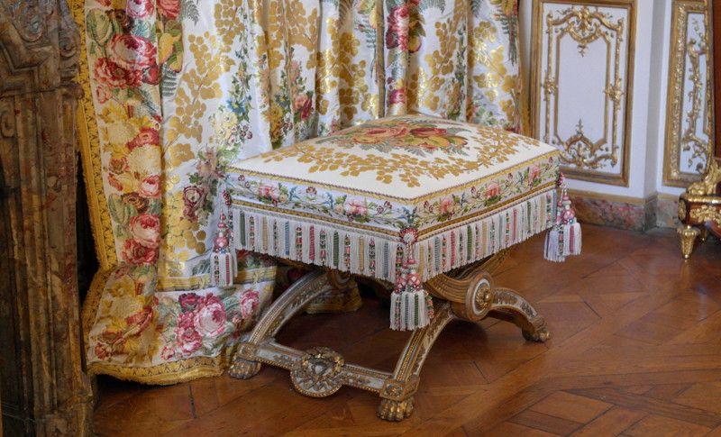 chambre de louis xv et louis xvi appartament priv e du roi chateau de versailles le dix. Black Bedroom Furniture Sets. Home Design Ideas