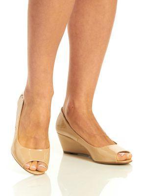 9208ceabbc2 City Classified Women s Morgan Open Toe Low Wedge Comfort