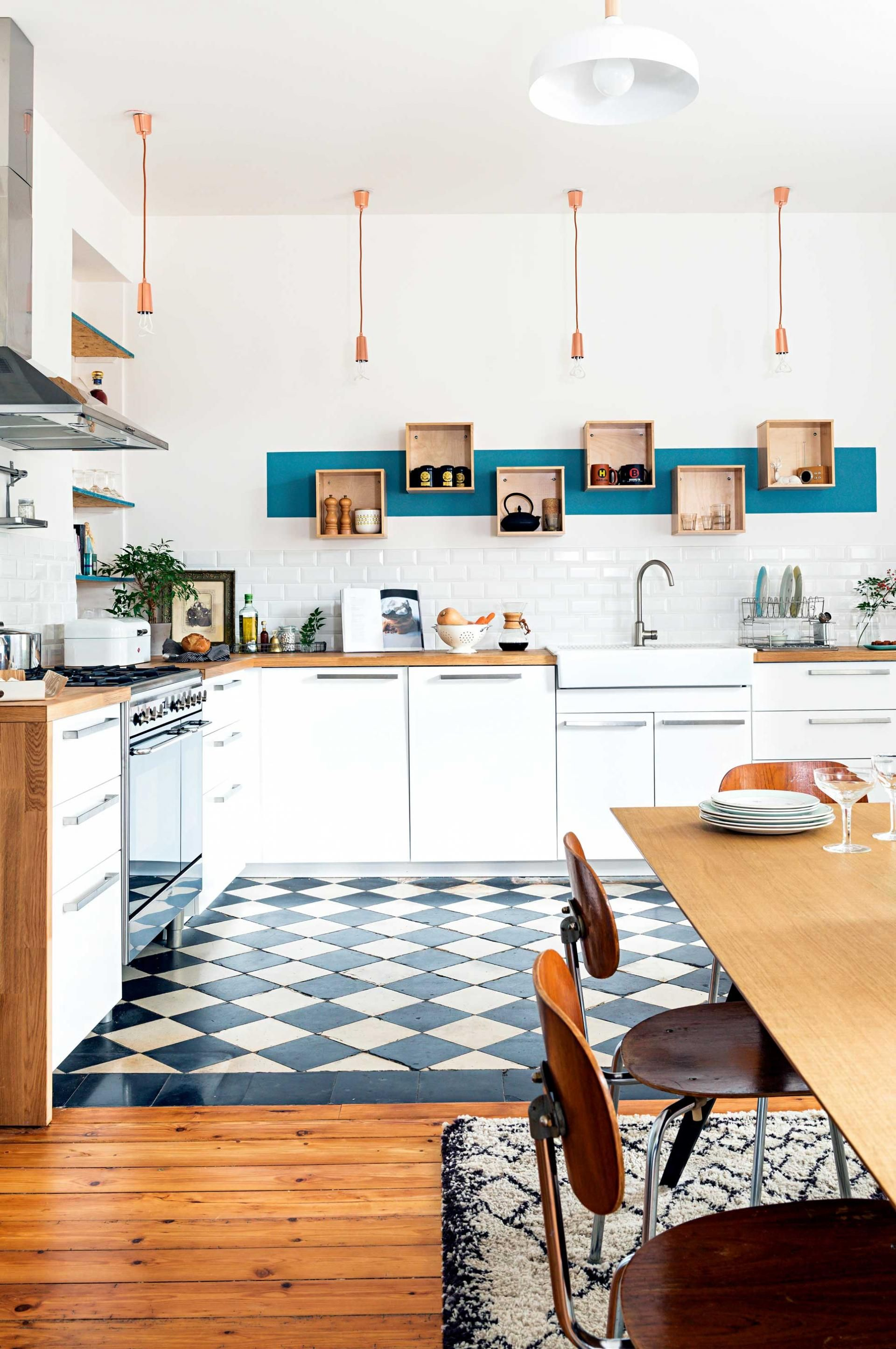 A charming French home with fresh colour ideas. From the February ...